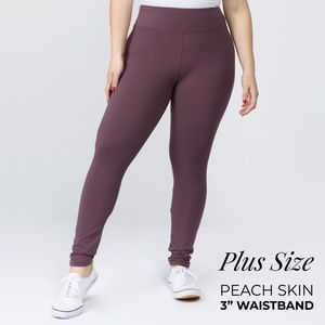 NWT Violet Plus Size Peach Skin Leggings